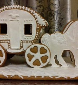 "Cookie cutter set ""3D carriage with horses"""